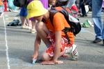 Конкурс рисунков на асфальте в День защиты детей. Фото_11